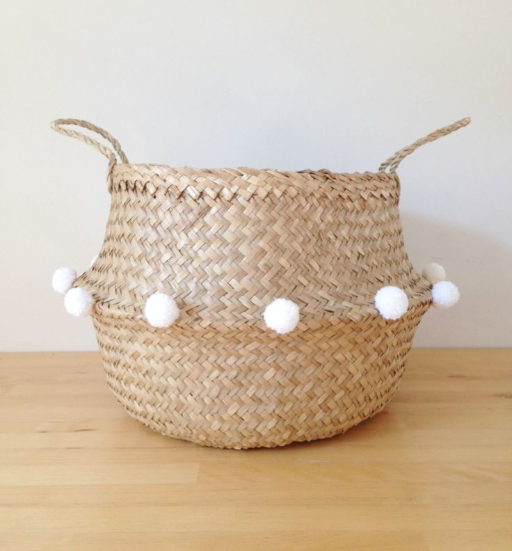 tendance basket 2017 beautiful and practical handwoven sea grass basket adorned with white pom. Black Bedroom Furniture Sets. Home Design Ideas