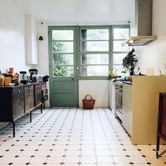 Idée Décoration Maison En Photos 2018 Grande Cuisine Avec Porte