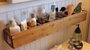 Id e d coration salle de bain un po le bois sur lev for Astuce moisissure joint salle de bain