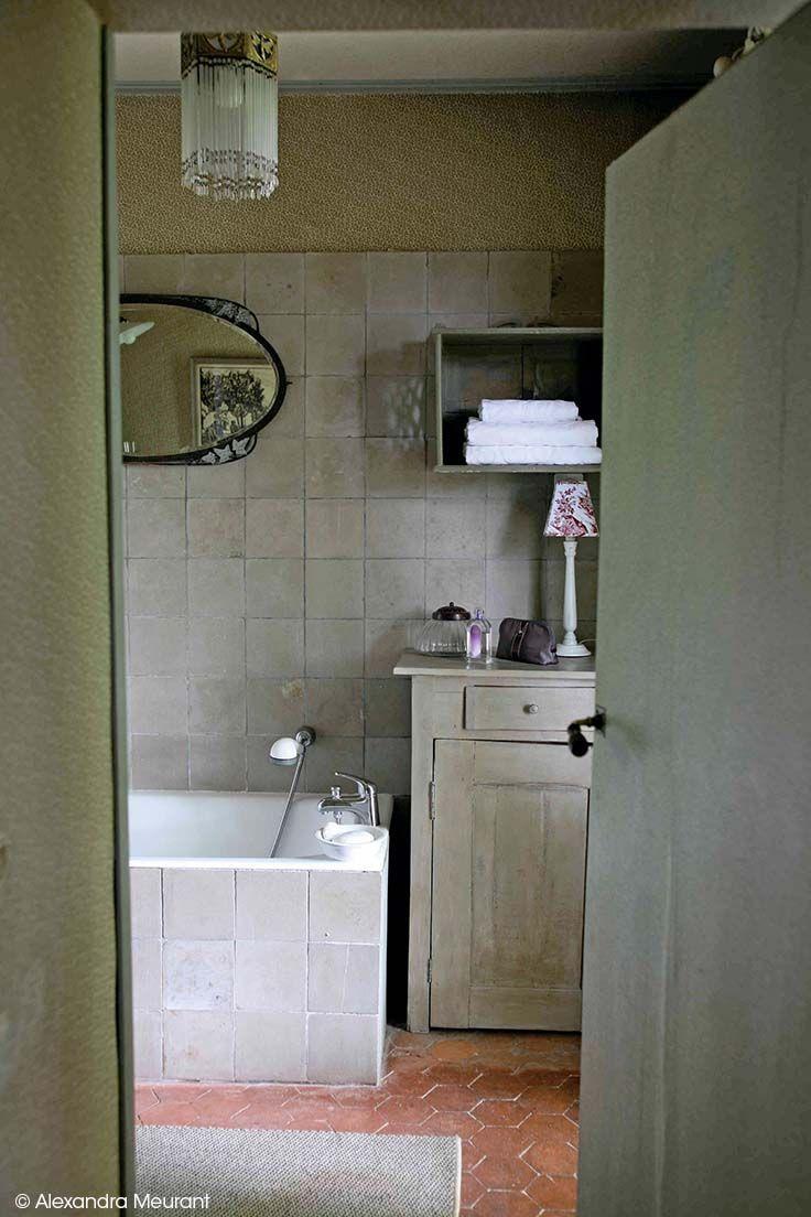 id e d coration salle de bain le m lange de bois c rus s et les tomettes seront vos meilleurs. Black Bedroom Furniture Sets. Home Design Ideas