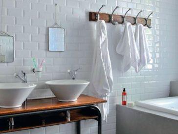 Id e d coration salle de bain 12 astuces la fois for Astuce moisissure joint salle de bain