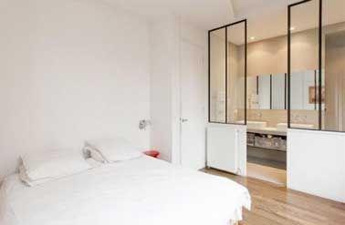 Idée décoration Salle de bain - Suite parentale avec une cloison ...