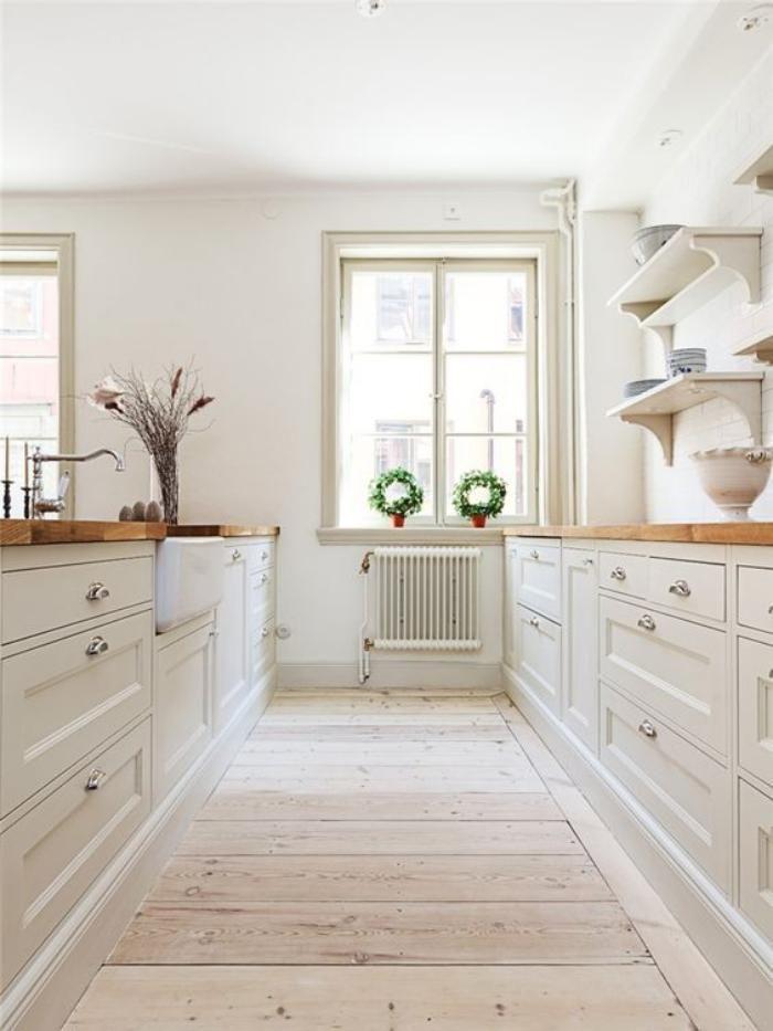 Id e relooking cuisine cuisine bois et blanc plateaux - Cuisine en bois blanc ...