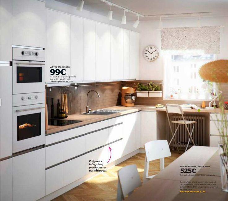 Modele De Cuisine Ikea Faktum Arsta Blanc A Poignee Integree Sobre