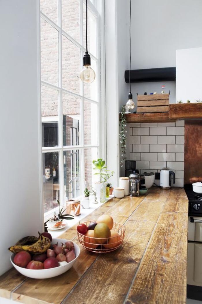 Plans Maison En Photos   Cuisine Blanche Plan De Travail Bois