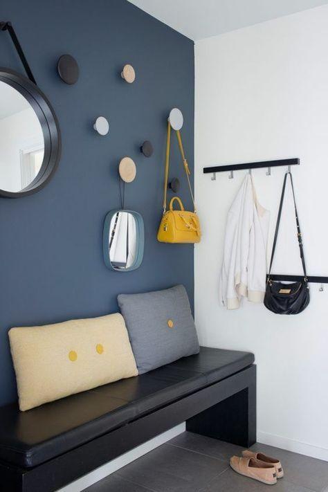 Déco Salon - hall d\'entrée maison avec mur en bleu pétrole et ...