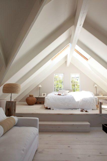 Idée Décoration Maison En Photos 2018 - Une grande chambre simple ...