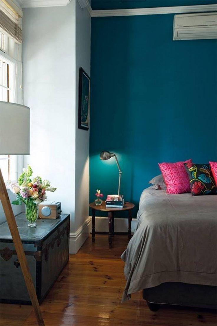 Id e d coration maison en photos 2018 couleur peinture murale bleu canard chambre coucher - Decoration chambre peinture murale ...