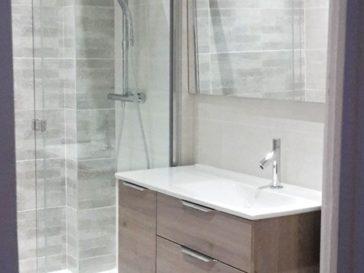 id e d coration salle de bain meubles de salle de bains avec palette en bois recyclage avec. Black Bedroom Furniture Sets. Home Design Ideas