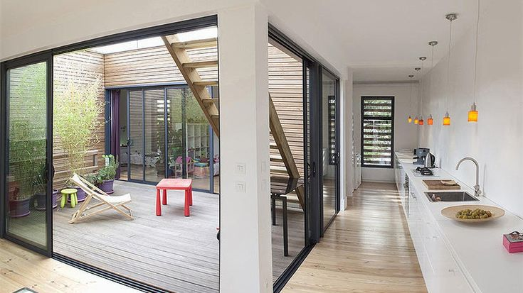 plans maison en photos 2018 interieur vue patio cuisine. Black Bedroom Furniture Sets. Home Design Ideas