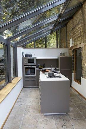 Idée relooking cuisine - verrière de toit dans la cuisine ...