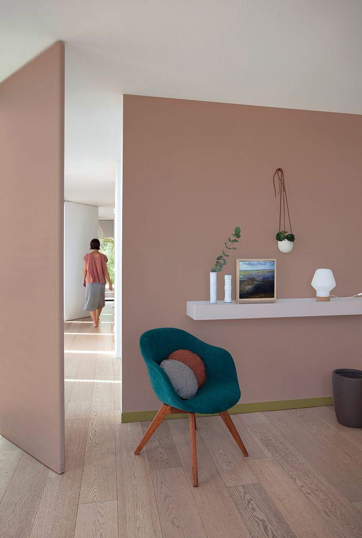 d co salon une chambre peinte en rose poudr leading inspiration culture. Black Bedroom Furniture Sets. Home Design Ideas
