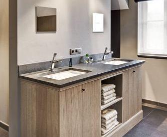 D coration maison en photos 2018 g ste toilette mit for Grote lange spiegel