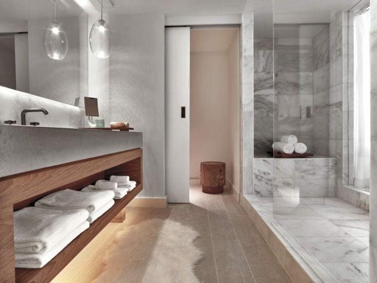 Idée décoration Salle de bain - Marbre et bois/ niche dans marbre ...