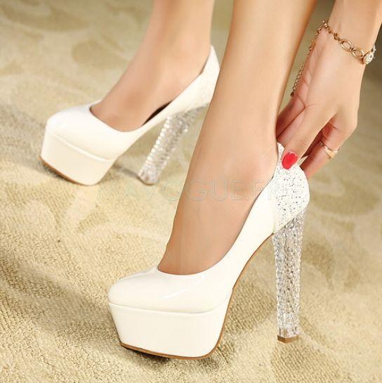 chaussure a talon haut blanc