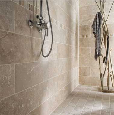 Idée décoration Salle de bain - Carrelage en pierre naturelle sol et ...