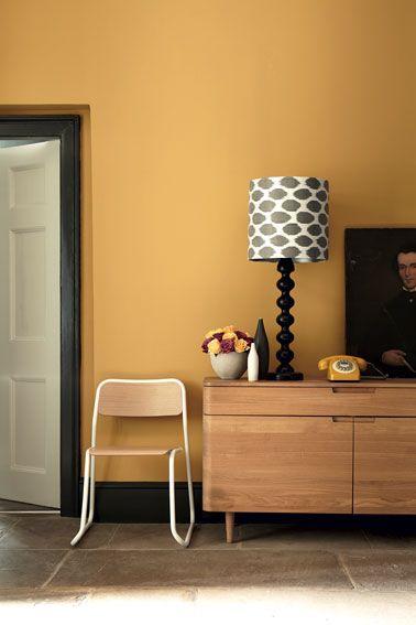 Déco Salon - Du jaune moutarde pour un salon plus chic ...