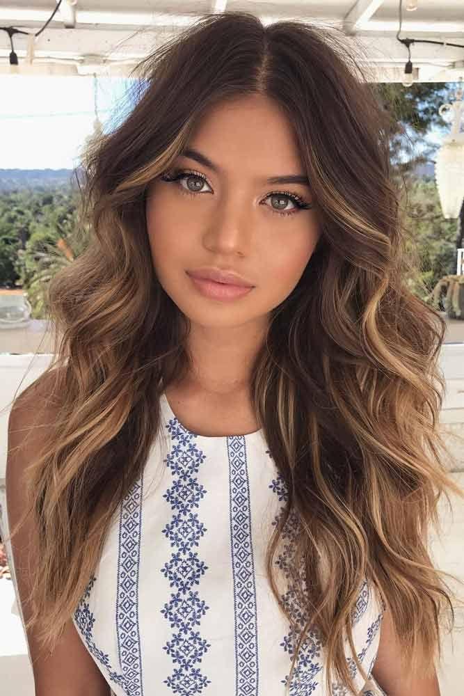 Coiffures des femmes pour les cheveux longs